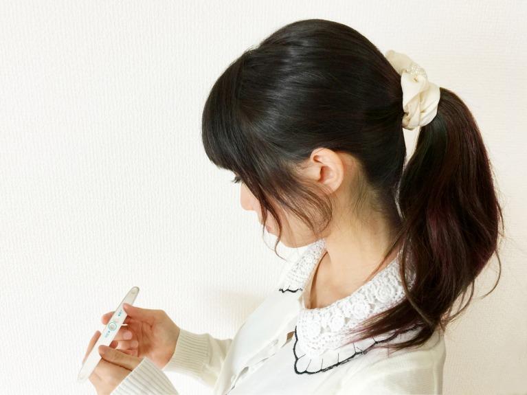 「妊娠検査薬の仕組み」なぜ、尿で妊娠の判断ができるのか